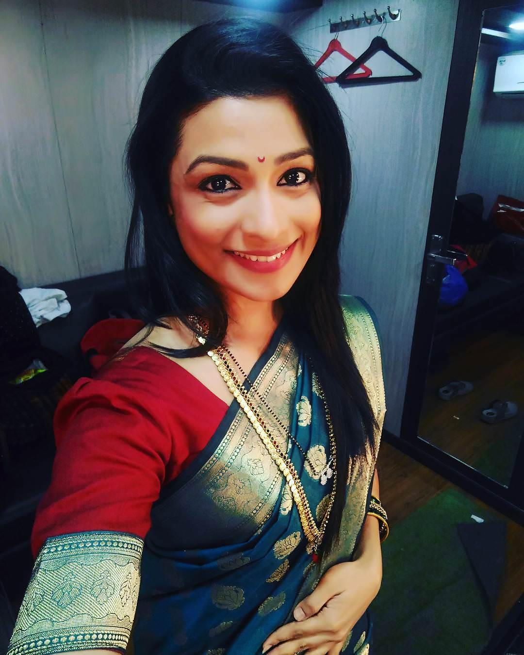 Amruta Pawar Marathi Actress (3)