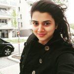 Malvika Gaikwad Mulashi pattern Actress Selfie