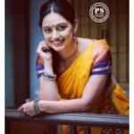 Marathi Actress Shruti marathe Photos Images Wallpapers (6)