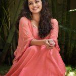 Marathi Actress Shruti marathe Photos Images Wallpapers (8)