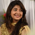 Shruti Atre Marathi Actress Wallpapers