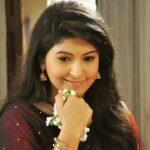 Shruti Atre Marathi Actress Wiki Bio Photos Filmography Husband
