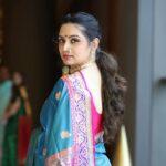 Shruti Marathe Saree Photo