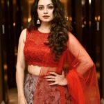 Shruti Marathe Zexy marathi Actress