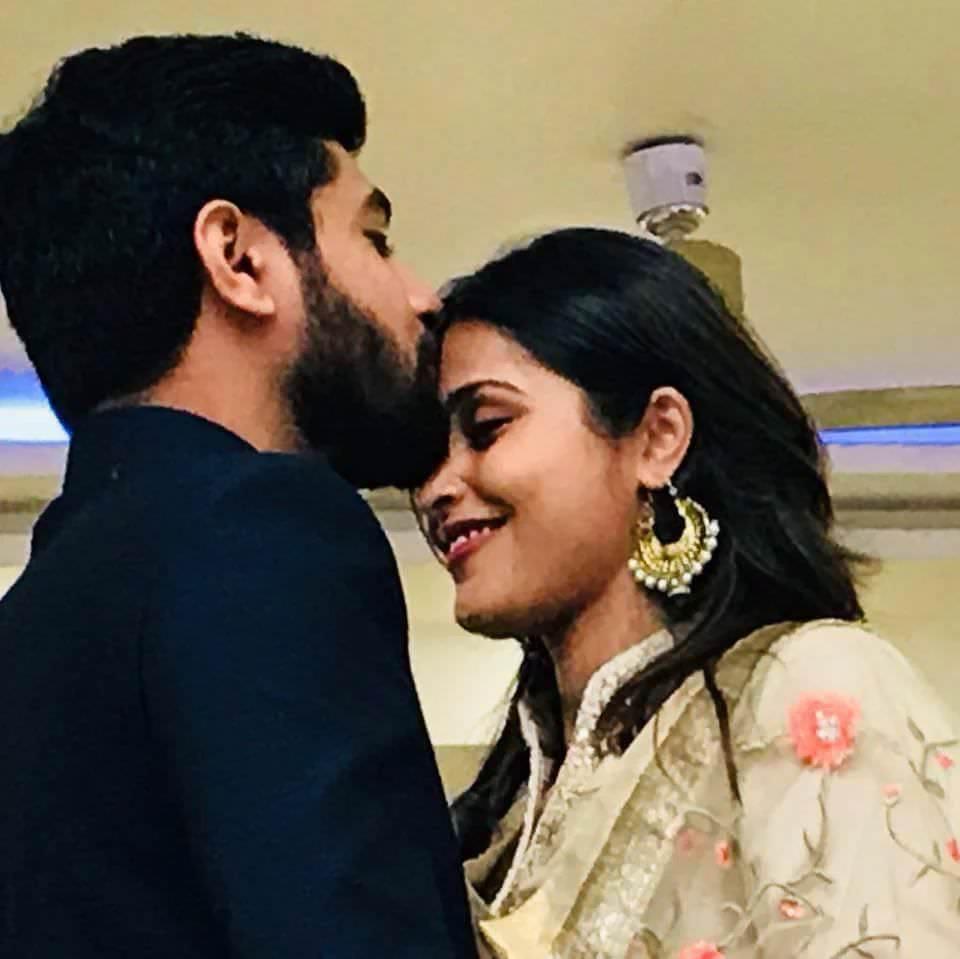 Surabhi Hande Marathi Actress Husband (1)