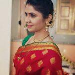Veena Jagtap in saree marathi