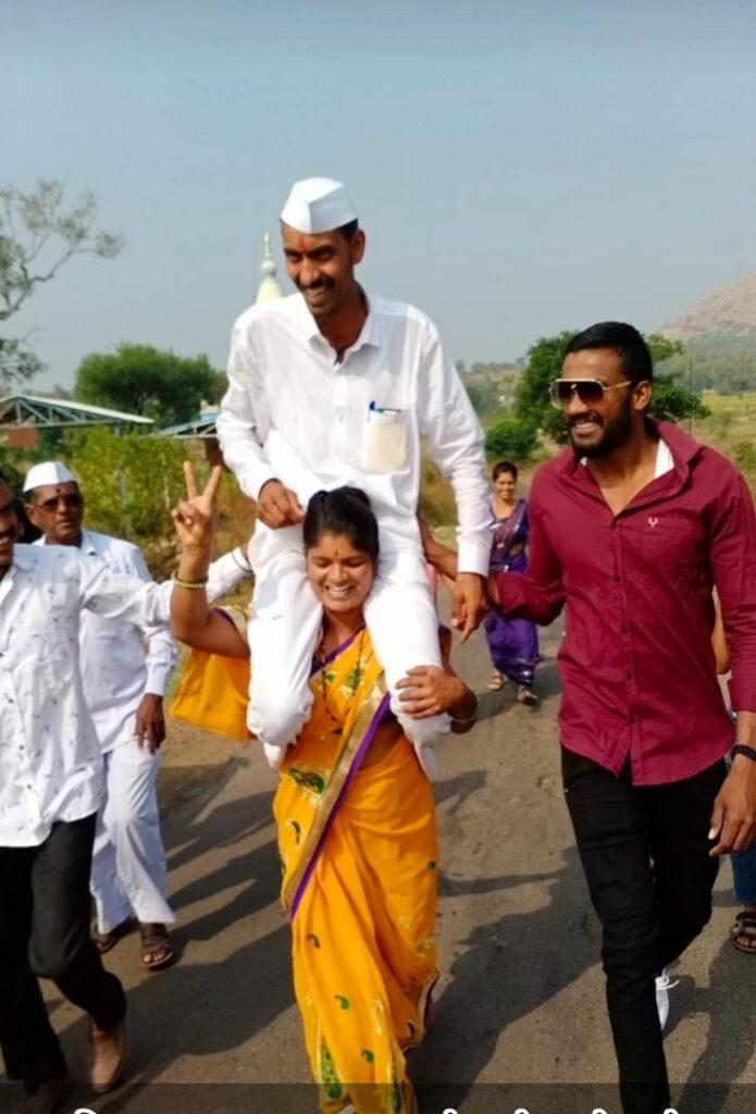 Palugav Khed Punde Husband Wife Grampanchayat Nivadnuk