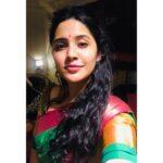 Anushka Sarkate Marathi Actress Selfie
