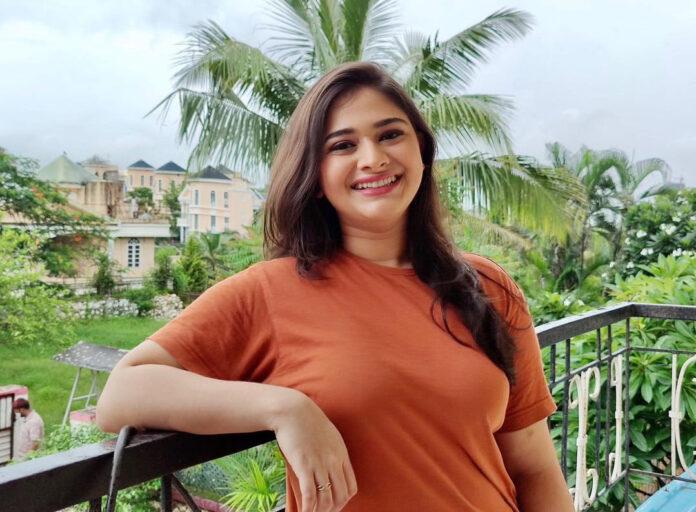 Aishwarya Shete Marathi Actress Bio Wiki Photos