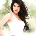 Aditi Pohankar Actress Bio Wiki Photos hot pic sexy bold movie age hd wallpaper