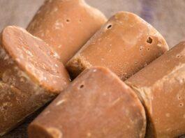 Jaggery-food-benifits-health-sweet-fayde-in-marathi