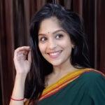 Samruddhi Kelkar Marathi Actress Bio Wiki Photos family hieght birthdate age boyfriend husband